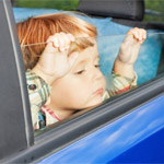 Ребенок на автомобиле