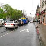 Выезд такси на полосу для маршрутных транспортных средств
