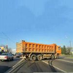 Поворот грузовика